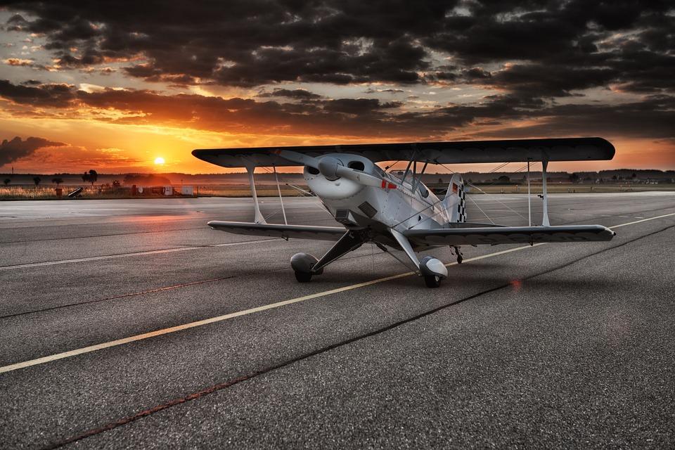 4k small plane